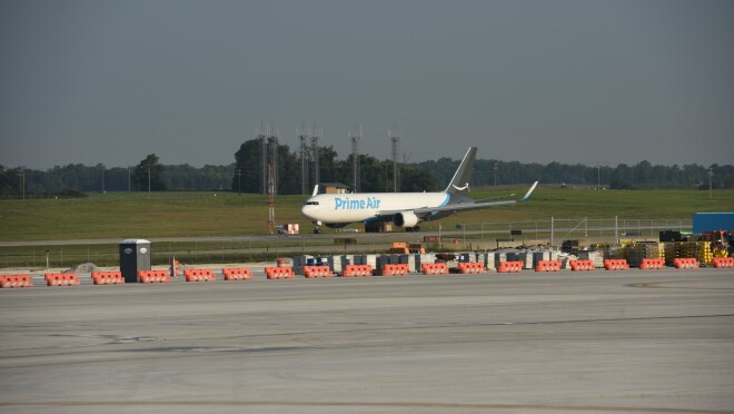 An image of a Prime Air plan pulling into the runway at the Air Hub in Kentucky.