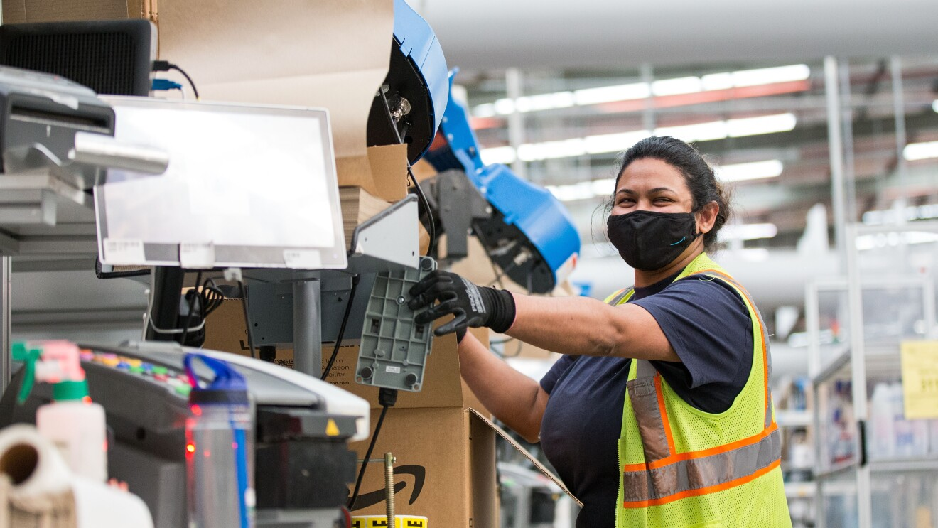 Seasonal workers will help to fulfil customer orders during the holidays.