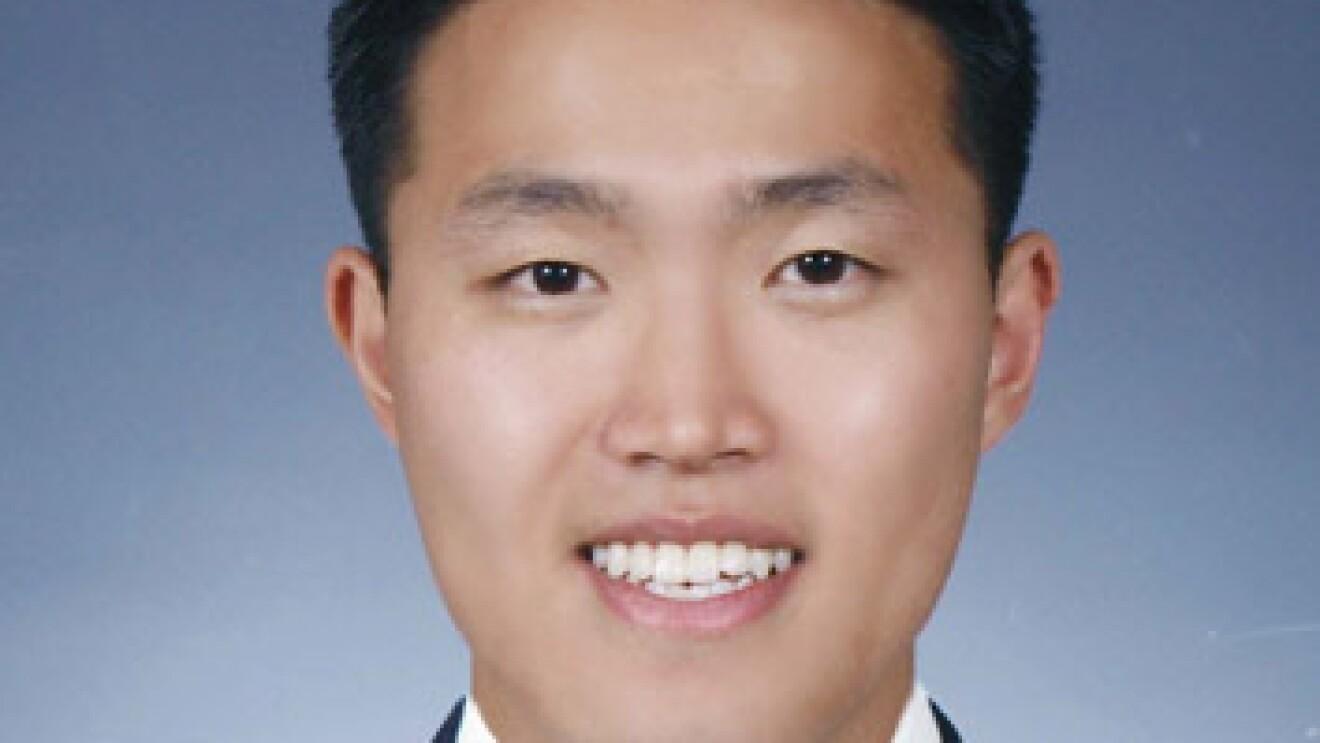 Seller - Yun Young, Spigen