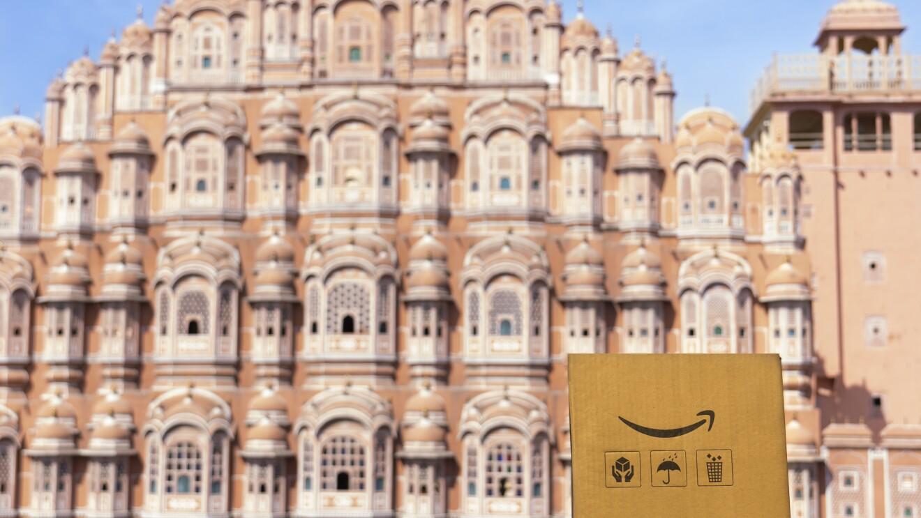 Journey of the Amazon box across iconic Indian locations