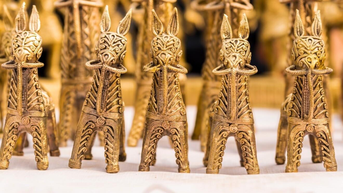 horse shaped idol image