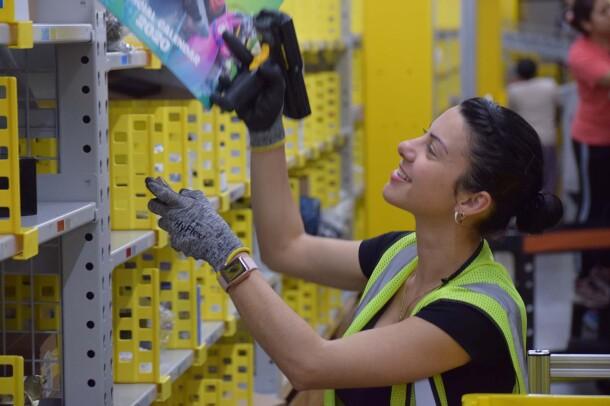Amazon associates at Jeffersonville, IN fulfillment center