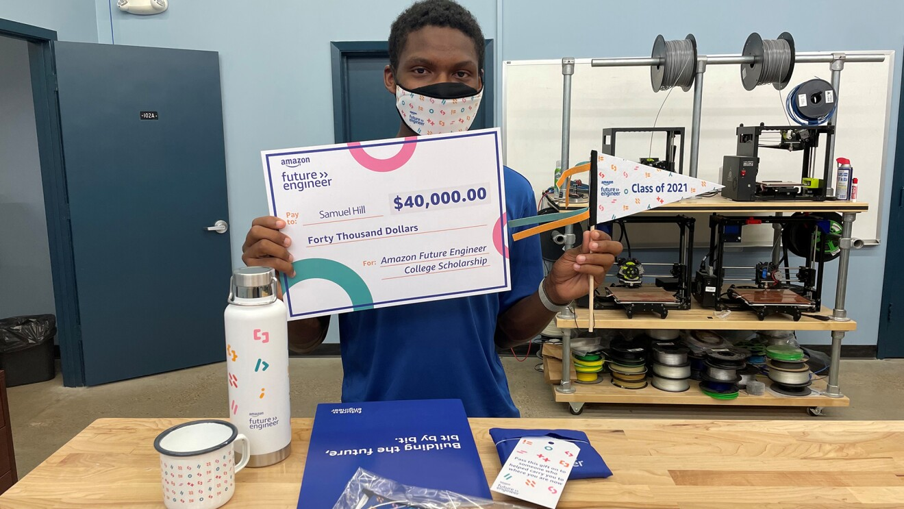 An image of a recipient of the Amazon Future Engineer scholarship.