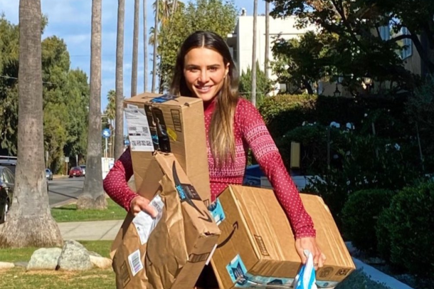 Images of Bachelor stars supporting Amazon's Delivering Smiles  campaign