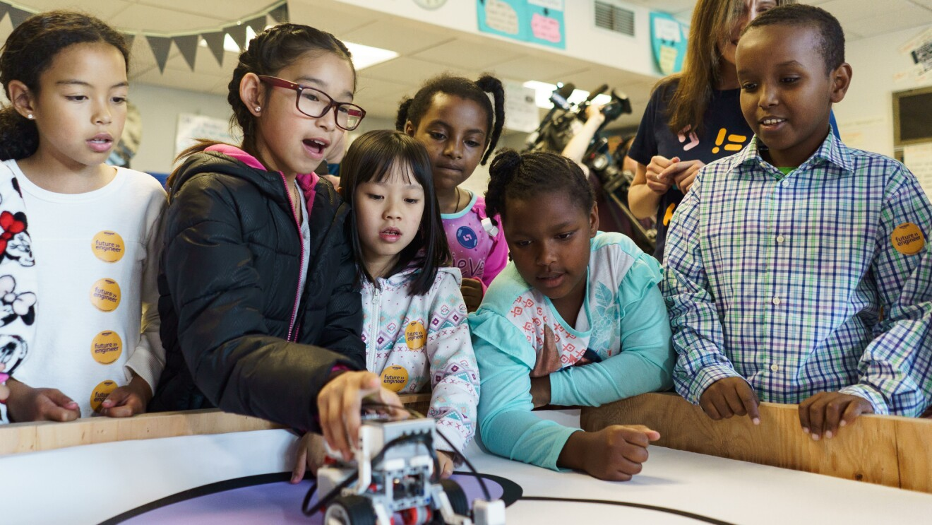 Students at John Muir Elementary School in Seattle work with FIRST robotics as part of Amazon Future Engineer Robotics grant program.