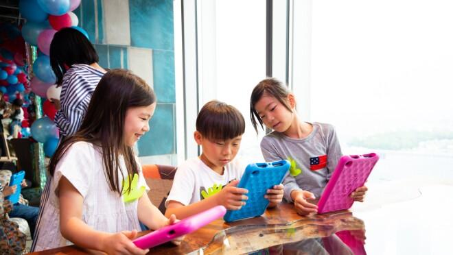 Amazonが提案する「子どものタブレットデビュー」