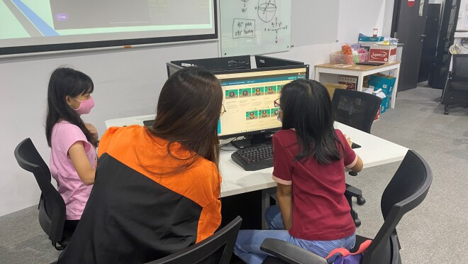 Children taking part in a primary school workshop at Science Centre Singapore