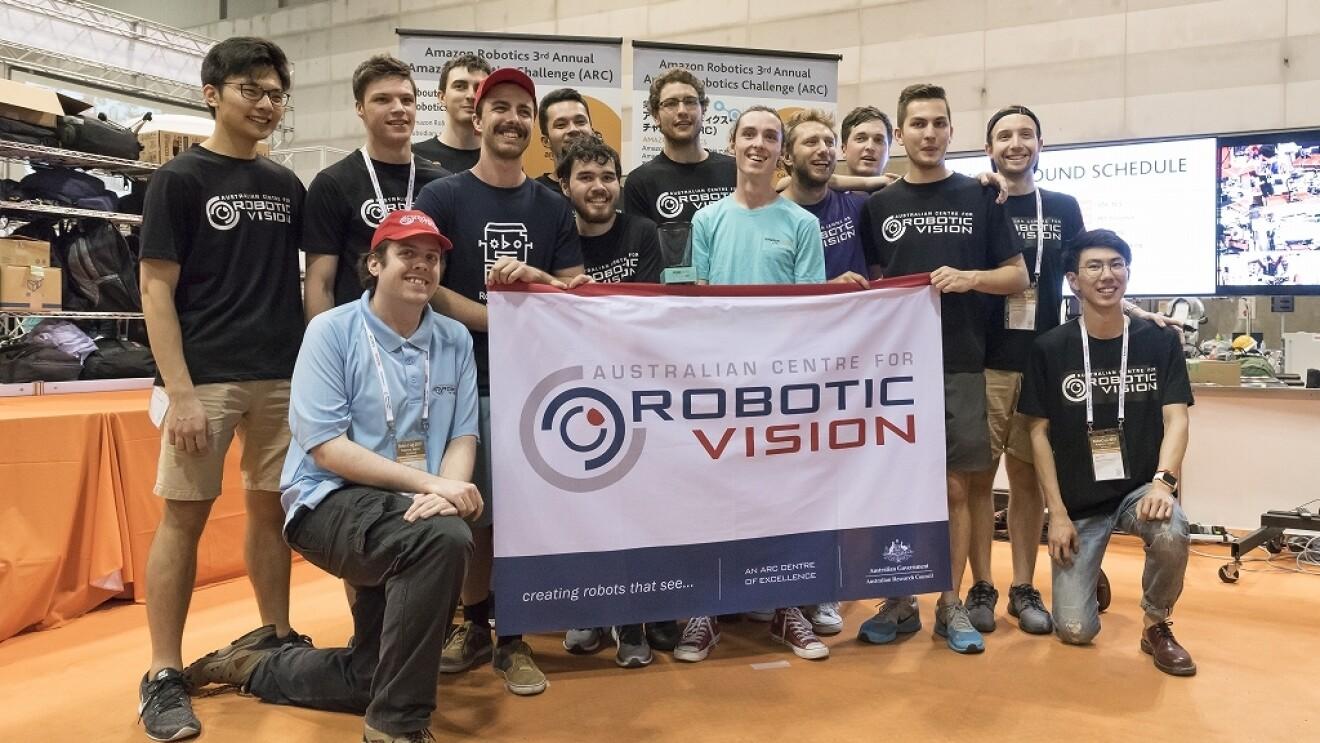 Amazon Robotics主催のコンテスト「アマゾン・ロボティクス・チャレンジ」が行われました。
