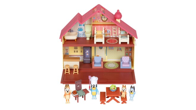 An image of the Bluey Heeler Family Home & Outdoor BBQ Set children's toy