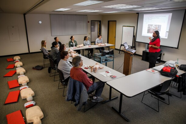 CPR instructor Jamie Davis leads a class